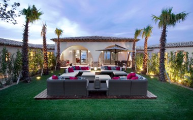 outdoor-lounge-at-dusk